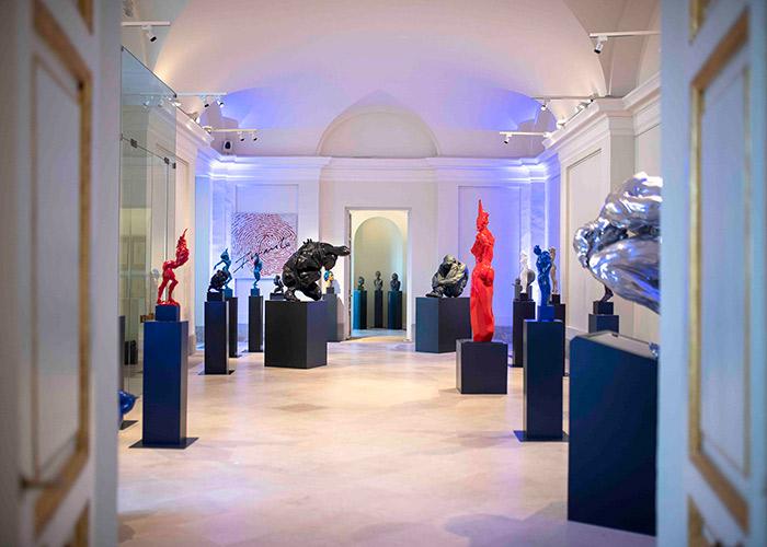 El Palacio acoge hasta el 16 de octubre la exposición «Original» del escultor Víctor Ochoa
