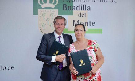 El Ayuntamiento renueva el convenio con la AVT por el que le otorga 10.000 euros de subvención