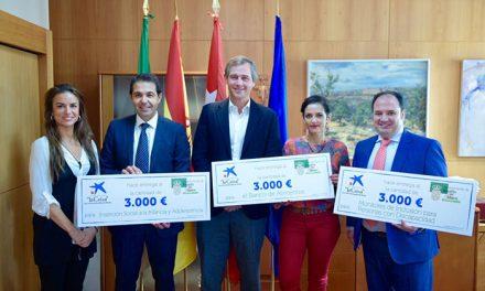 Caixabank dona 9000 euros para financiar proyectos de acción social municipales