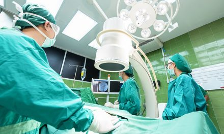 La Comunidad baja más de un 17 % la espera quirúrgica y la sitúa en 46,7 días