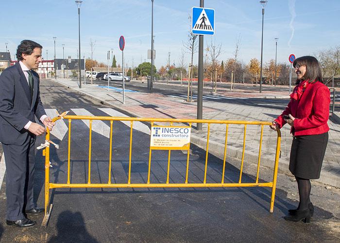 Abre al público el aparcamiento de la Calle Diamante que permitirá el estacionamiento de 130 vehículos