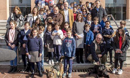 El Ayuntamiento de Pozuelo lanza una nueva campaña de sensibilización para la recogida de excrementos caninos