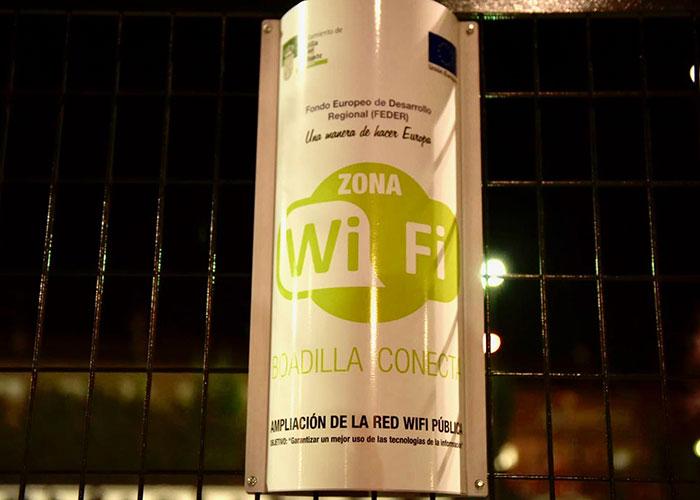 El Ayuntamiento amplía la red pública de wifi e incluye puntos en espacios exteriores