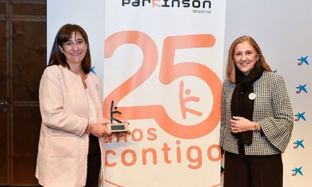 """El Ayuntamiento de Pozuelo recibe el XVII """"Premio Meritorio Parkinson Madrid 2018"""""""