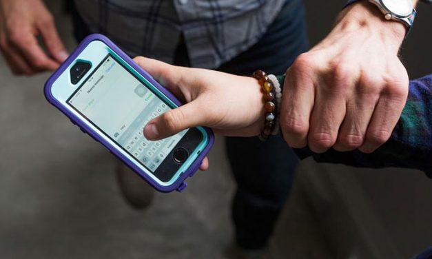 748 familias han recibido ayuda para el uso de las redes sociales y videojuegos entre sus hijos