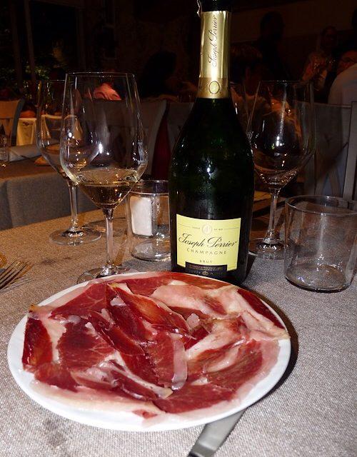 La Txitxarrería se va de vinos por Francia