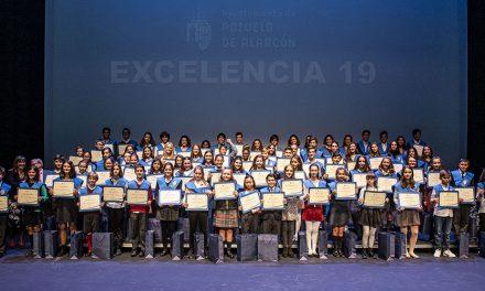 El Ayuntamiento de Pozuelo reconoce la Excelencia y Mérito académico a los mejores estudiantes de Primaria y de Secundaria