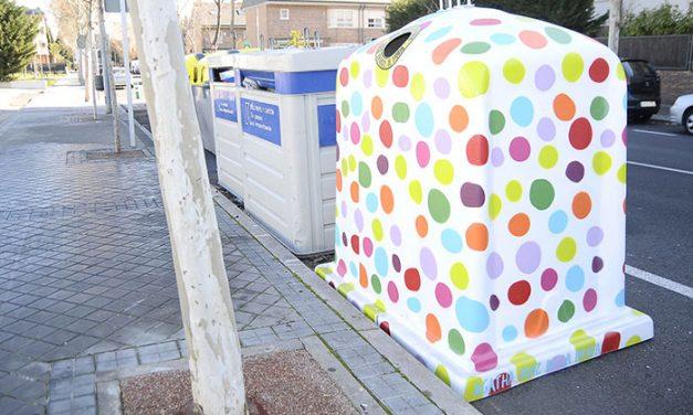 Contenedores de diseño para promover el reciclaje de vidrio en Boadilla