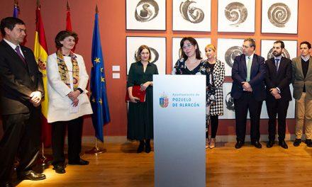 Pozuelo de Alarcón rinde homenaje a Martín Chirino, el escultor del hierro, con una muestra en el Espacio Cultural MIRA
