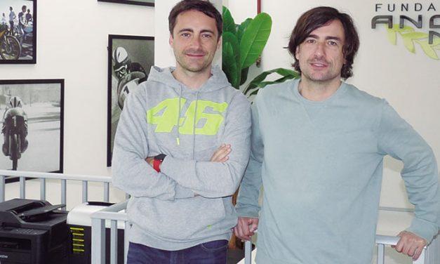 Gelete y Pablo Nieto, directores de equipo del Mundial de Motociclismo
