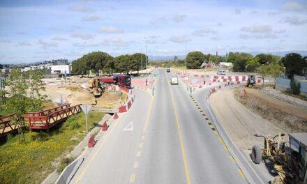 Las obras de la nueva rotonda de la M-513 avanzan a buen ritmo y finalizarán previsiblemente en agosto