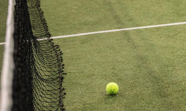 Las pistas de padel y tenis de los polideportivos municipales Carlos Ruiz y Pradillo abren hoy