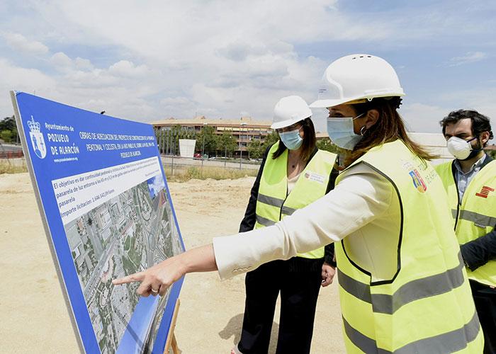 La obra de la pasarela peatonal y ciclista en la Avenida Pablo VI sobre la M-503 avanza a buen ritmo y concluirá en agosto