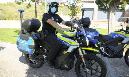 La Policía Local cuenta con dos nuevas motos eléctricas para patrullar en zonas verdes