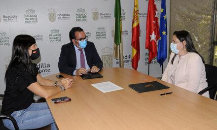 El Ayuntamiento de Boadilla renueva su convenio de colaboración con la Fundación Once del Perro Guía