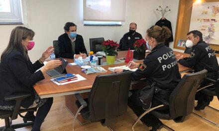 La Policía Municipal refuerza su presencia en las calles y en los lugares con mayor afluencia de público por la Navidad
