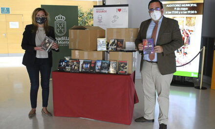 La empresa distribuidora eONESpain dona 500 DVD y Blu-ray para la nueva biblioteca y el centro de mayores Juan González de Uzqueta