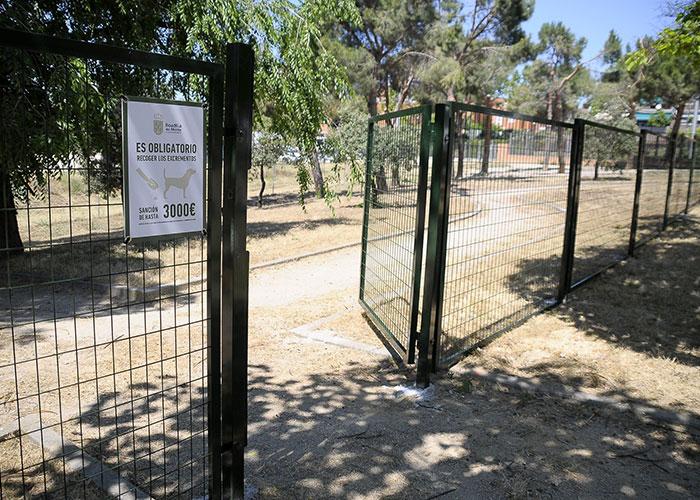 El área canina del parque Juan Pablo II amplía su superficie hasta los 2000 metros cuadrados